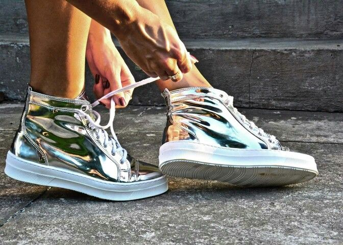Silver trainers made in Poland. #elikshoe