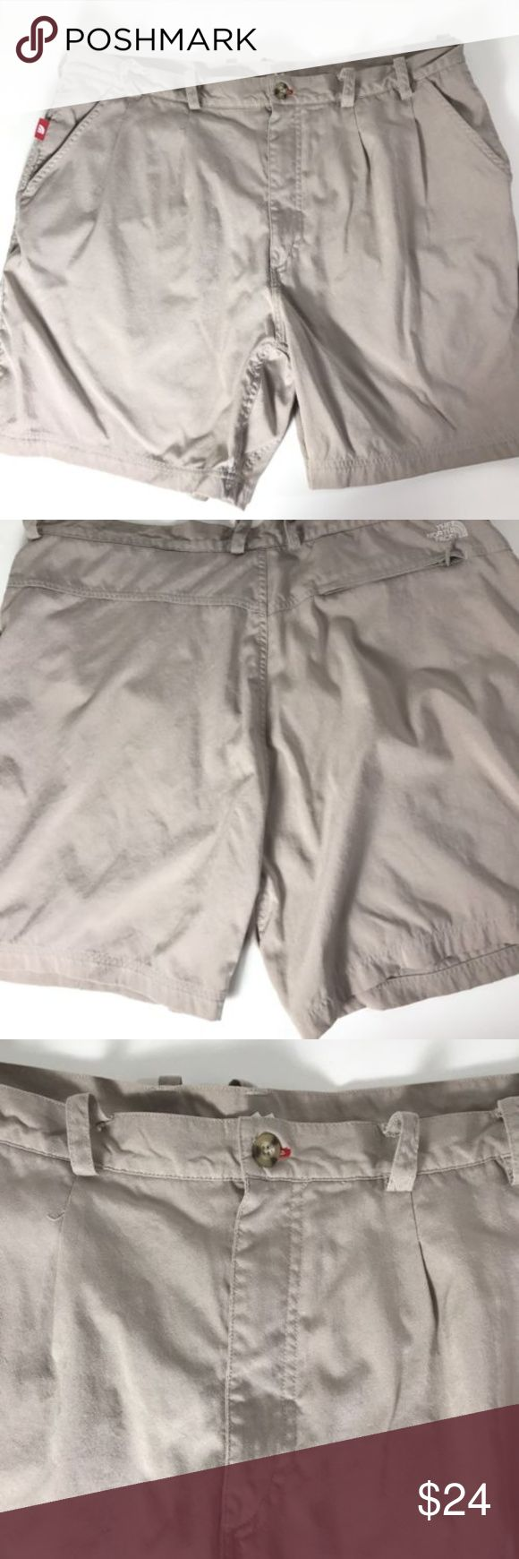 The North Face Mens Khaki Shorts Size 40 hiking The North Face Mens Khaki Shorts Size 40 Outdoor Hiking Camping  Condition  Nice shape no rips and no stains  Measurements  Waist 40 inches  Length 19 inches outseam The North Face Shorts Athletic
