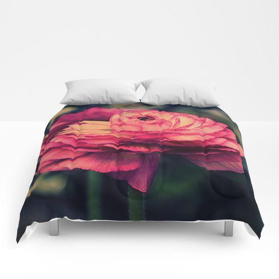 Vintage Ranunculus (10) Comforters