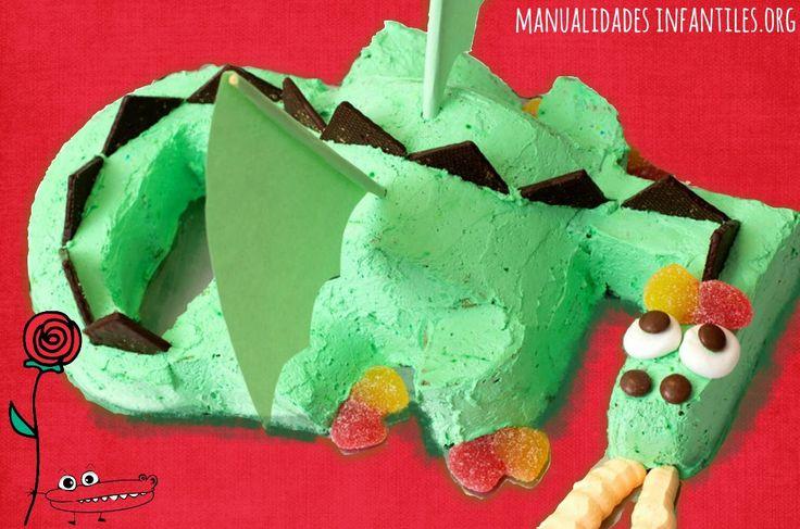 Receta tarta de dragon o pastel de #Dragon ideal para fiestas infantiles o fiestas temáticas. San Jorge #Recetasdivertidas