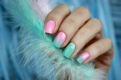 """Нежный градиент. Лак для ногтей """"Essie"""" мятный и розовый. #nailart #nail #nails #маникюр #ногти #лакдляногтей #essie"""