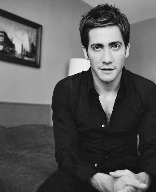 "Jake Gyllenhaal (b. 19Dec1980) ~ Like all Gyllenhaals of the male line, Jake is a Swedish nobleman by birth right and is listed in the Swedish Almanac of Nobility (""Sveriges Ridderskaps och Adels Kalender""). My favourite quote of his — ""We live in a sad time where actors are politicians and politicians are actors."""