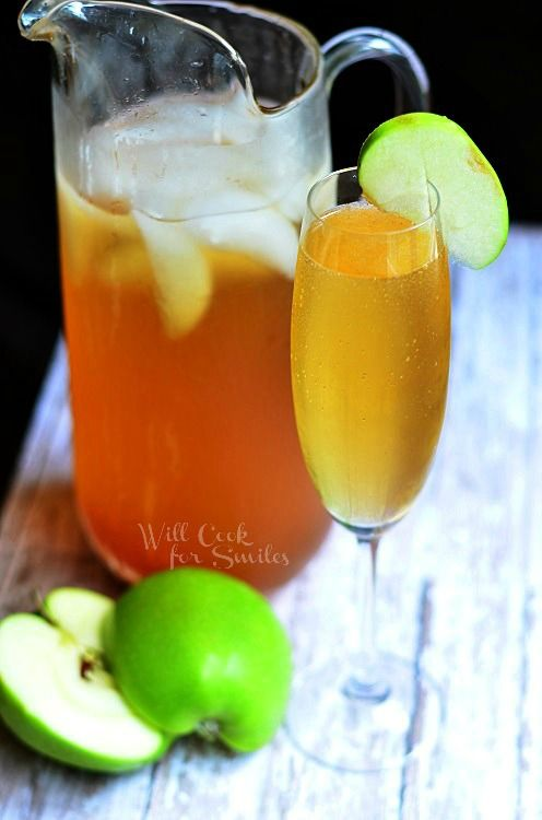 Sparkling Apple Cider | Perfect crist fall drink | from willcookforsmiles.com | #apple #cider #drink
