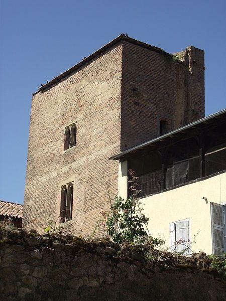 File:Tour de Rohan (Mirande, Gers, France).jpg