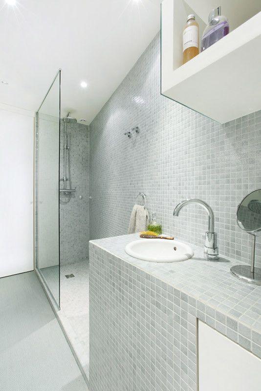 Les 25 meilleures id es de la cat gorie salle de bain 5m2 sur pinterest tr s petite salle de for Idee salle de bain 4m2