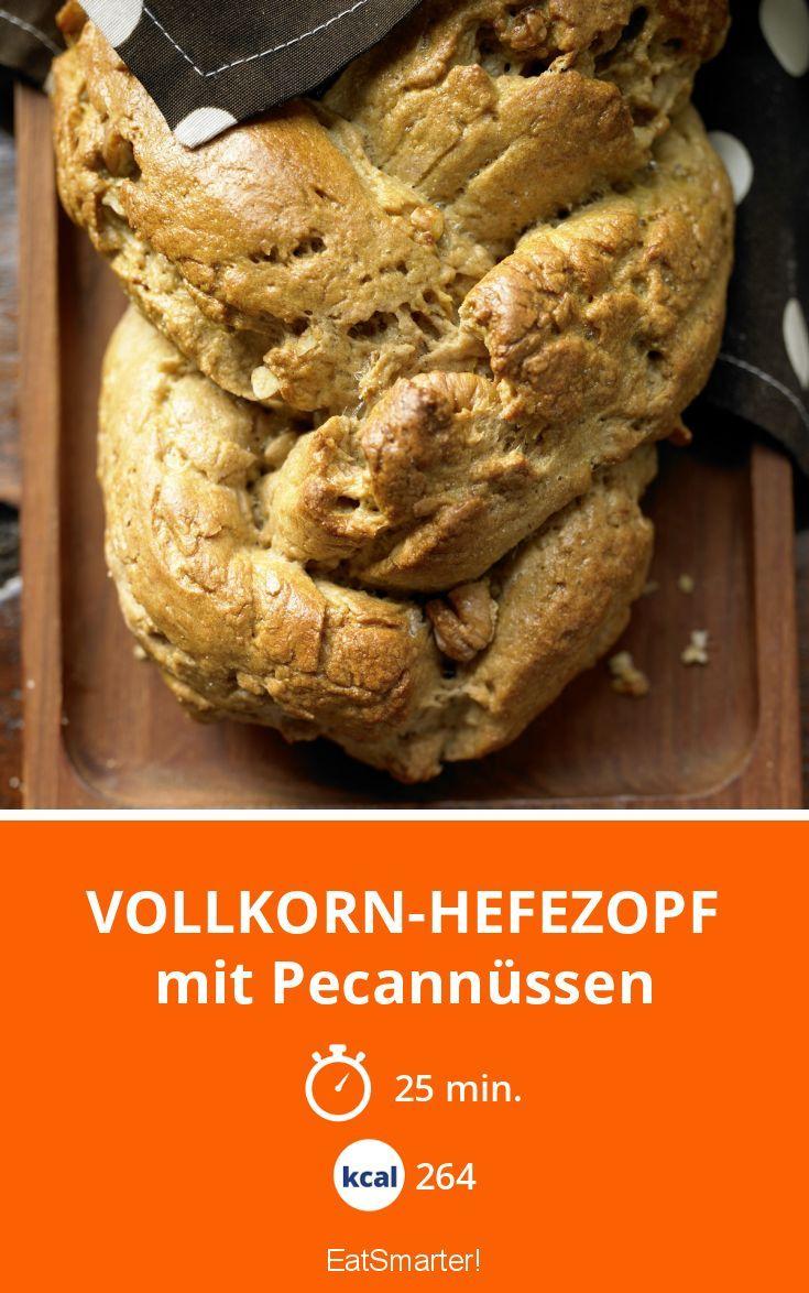 Vollkorn-Hefezopf - mit Pecannüssen - smarter - Kalorien: 264 kcal - Zeit: 25 Min. | eatsmarter.de