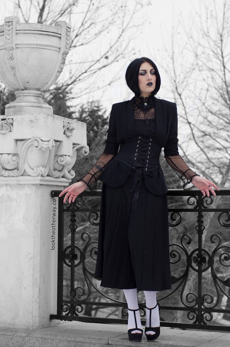 A Dream Within A Dream - Style Suggestions - Looktheotherway.co #elloneandreea #gothgirl #gothicbeauty #gothicfashion #gothic #romanticgoth