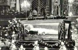 Pope St. Pius X was the 257th Catholic Pope, reigning from 1903 to 1914.  He passed away on August 20, 1914 and was buried in the crypy below St. Peter's Basilica.  On Mat 19, 1944 Pope Pius X's coffin was exhumed and was taken to the Chapel of the Holy Crucifix in St. Peter's Basilica for the canonical examination.  Upon opening the coffin, the examiners found the body of Pope Pius X preserved, despite the fact that he died 30 years before.. He had made wishes no to be embalmed.
