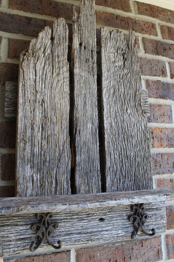 Reclaimed fence or barn wood!! (: