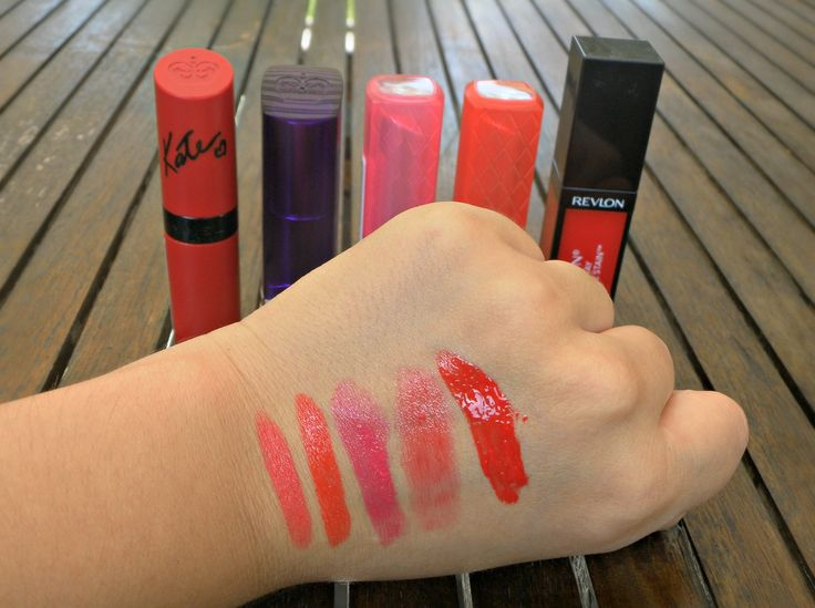 top 5 lipsticks #drugstore #swaches #makeup #intomyjeans #blogger #katemoss #rimmel #red #pink #orange