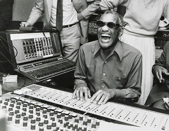 """Ray Charles mixing a commercial for Maxwell House (1985) at RPM Studios in Los Angeles. """"This new approach seeks to touch a nerve, to bring a tear to people's eyes,"""" said Harvey Gabor, creative at agency O The jingle was composed by Joseph Brooks. Backing vocals by Gwen Conley (the woman standing behind Ray). Listen here: http://raycharlesvideomuseum.blogspot.nl/2010/05/ray-charles-ft-in-maxwell-house.html"""