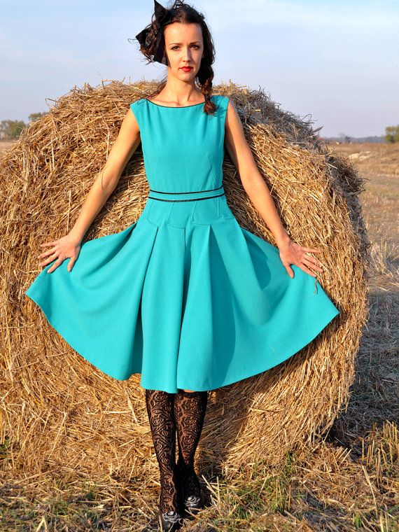 Тurquoise Vintage Style Dress by HannaBoutiqueHB on Etsy, €129.00