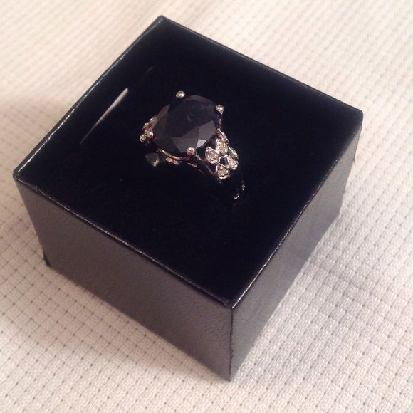 Black Sapphire ring ‼️$30 Black Sapphire in Platinum over Sterling Silver setting( with slight chip on top of stone) NO BUNDLING OF THIS ITEM AT THIS PRICE Jewelry