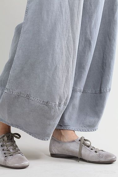 Trousers Grusche. these take my breath away.
