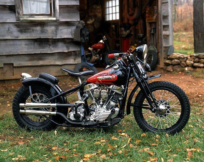 Klassisches Motorrad Foto - 1949 Harley Davidson PanHead abgeholzt von ClassicMotorcycles auf Etsy https://www.etsy.com/de/listing/124993901/klassisches-motorrad-foto-1949-harley