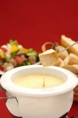 Cheddar Cheese Fondue | Looks Appetizing | Pinterest | Fondue ...