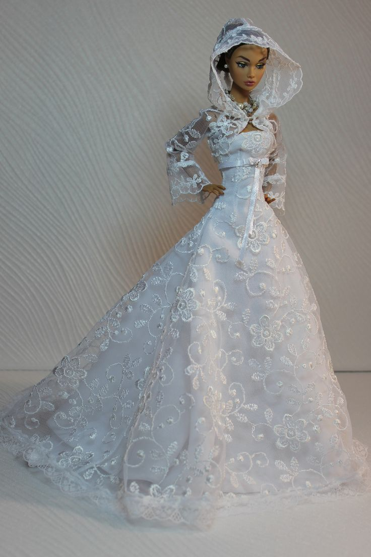 Mejores 254 imágenes de Barbie ราตรี สวย en Pinterest | Vestidos de ...