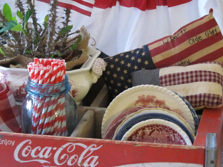 cute July 4th tablescape