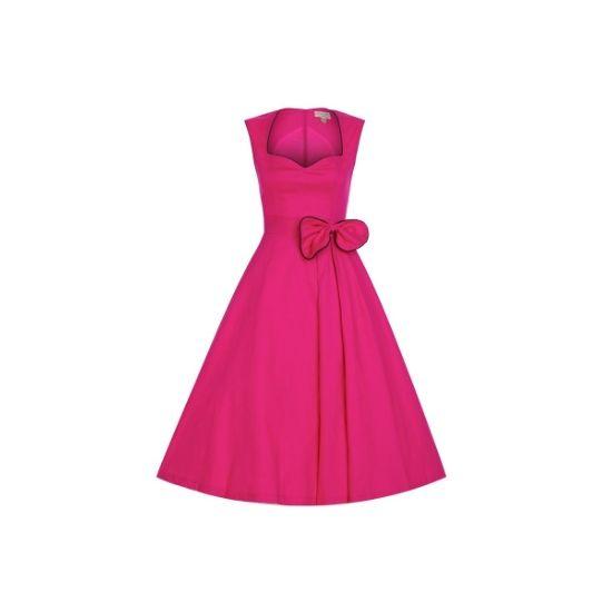 Retro šaty Lindy Bop Grace Hot Pink Šaty ve stylu 50. let. Úžasné šaty ve výrazné sytě růžové barvě s úzkým černým lemem a mašlí u pasu, v pase příjemně projmuté (nepřidávají objem), decentní nabrání pouze k jedné straně. Vhodné na svatby, pro maturantky, na večírky či jiné společenské události. Pěkný výstřih, zapínání na krytý zip v zadní části, krásně padnou, příjemná, silnější, strečová bavlna (97% bavlna, 3% elastan). Pro dokonalý a bohatý vzhled sukně doporučujeme doplnit spodničkou z…