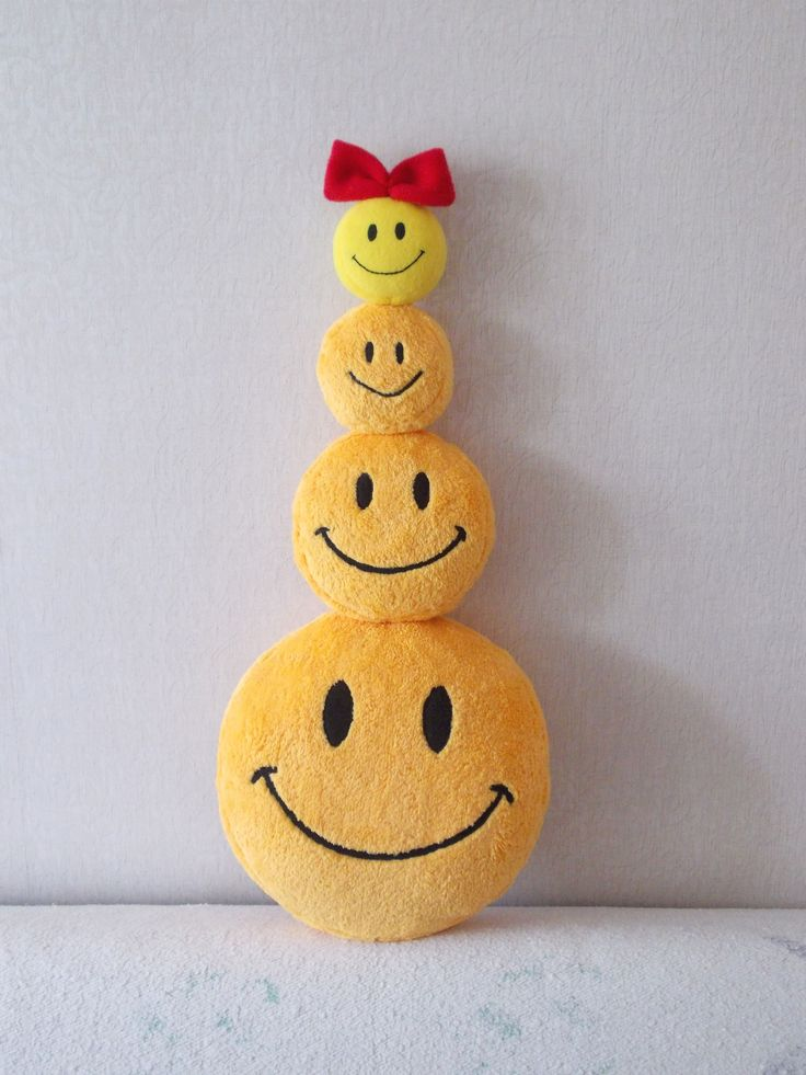 Smiley face pillow and toys ---- # 72 Smiley plush small toy https://picasaweb.google.com/108717028463177156838/72SmileyPlushSmallToy?authuser=0feat=directlink