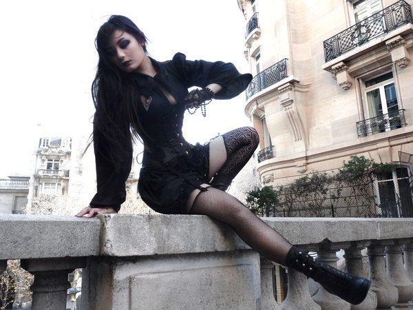 Dans les rues de Paris III by opium-noir.deviantart.com on @deviantART