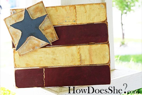 Copied this wooden 4th of july flag in June 2010.  Mine fell off the door and broke, twice.  *sigh*  Will glue it together again for 2012.