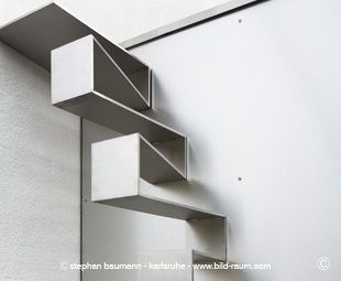 Treppe 19.0 von spitzbart treppen, Treppe, Designtreppe, Außentreppe, Edelstahltreppe, Raumspartreppe