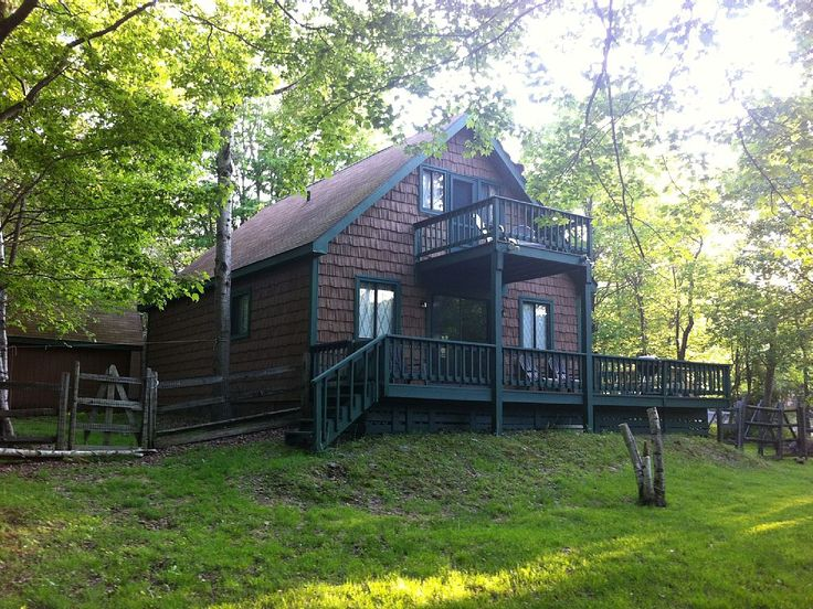 17 best images about vacation rentals pennsylvania on for Lake cabin rentals pennsylvania