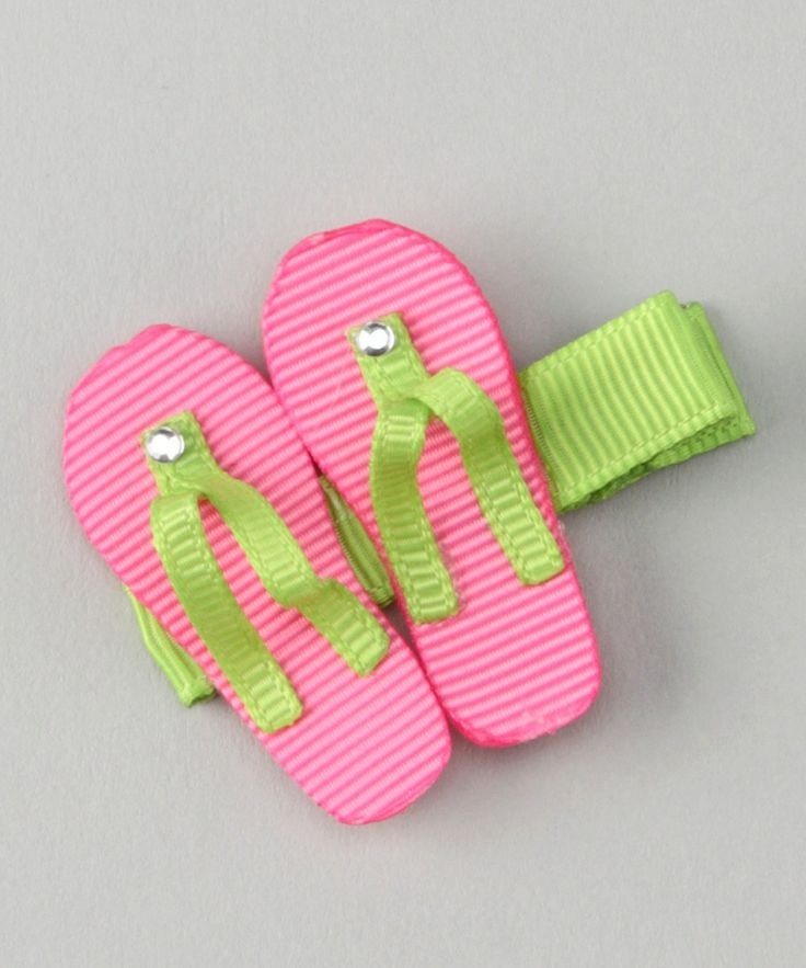 Pink & Green Flip Flops Clip... I wish Elise had some hair!