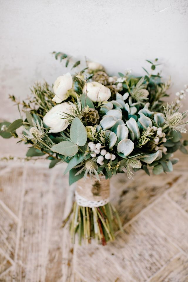 rustic bouquet wrapped with twine