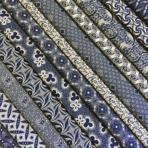 Indigo Shweshwe Three Cats Da Gama Textiles. Worldwide shipping available at http://www.meerkatshweshwe.com/