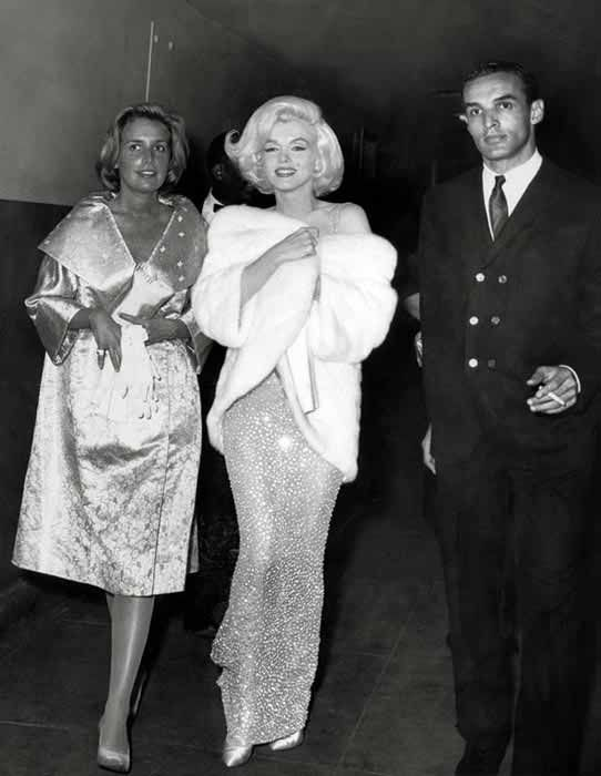 Marilyn with Pat Newcomb arriving at John F Kennedy's birthday gala, May 19, 1962.