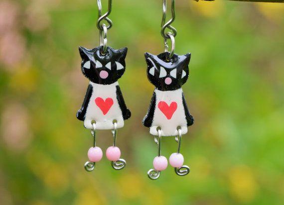 Cute enameled stainless steel black cat earrings by CinkyLinky