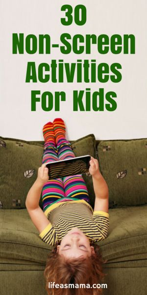 Tired of fighting against the tablet, TV, computer, and phone for your kids attention? Here are 30 non-screen activities perfect for the kids!