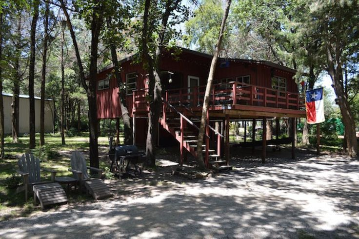Secluded Treehouse Cabin. Awesome Lake Texoma Treehouse Cabin offering extreme seclusion, lots of adventure, and an abundance of nature! Bring your family a...