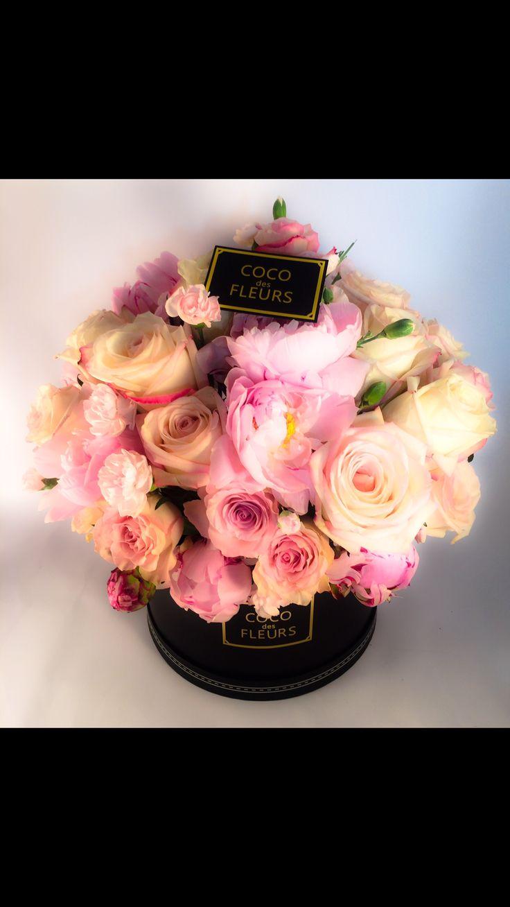 Coco des Fleurs #freshflowers #boxedflowers #blushflowers #dreamflowers #melbourneflorist