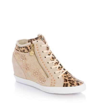 Sneakers con zeppa interna Guess collezione primavera estate 2014 prezzo 150 euro
