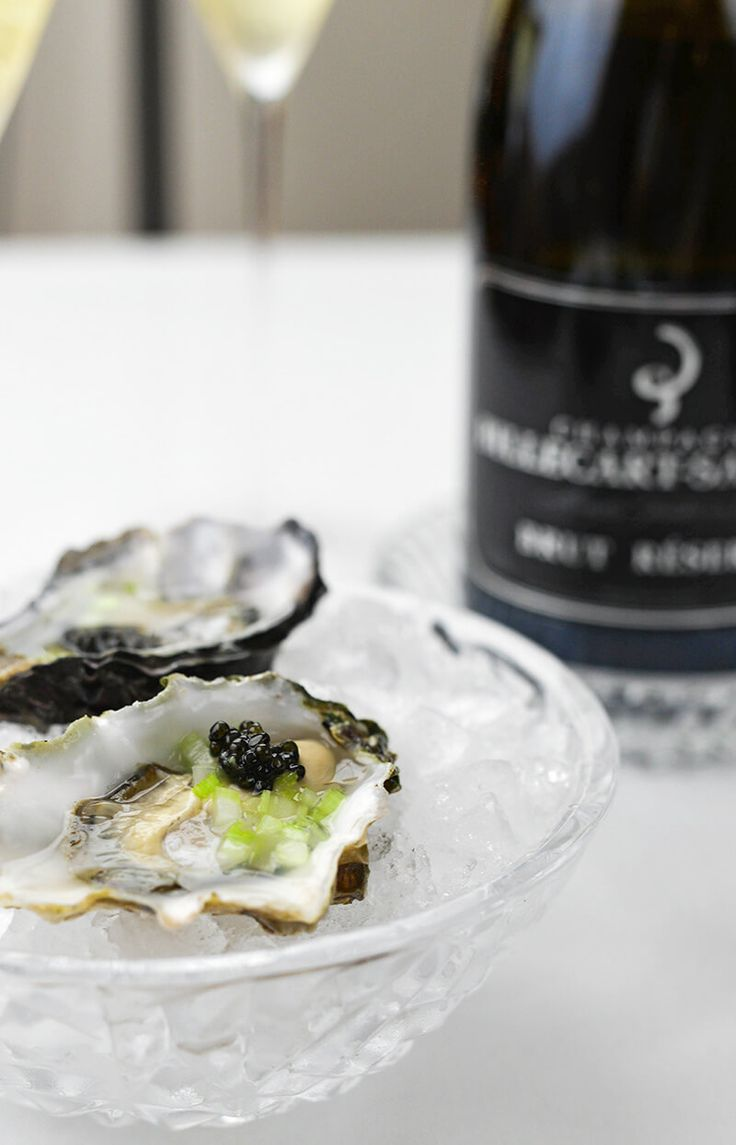 Hog Island Oysters with Caviar and Billecart-Salmon Brut Reserve (close up)