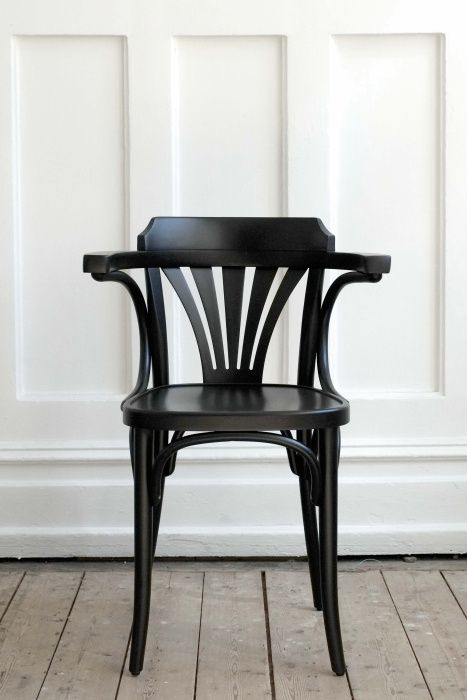 thonet armchair no 24.