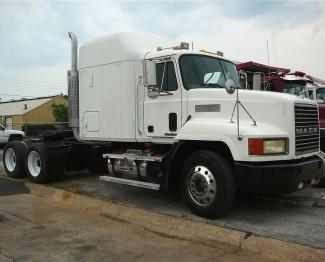 Used 1998 #Mack Ch613 #Heavy Duty #Trucks @ www.americantrucksbuy.com