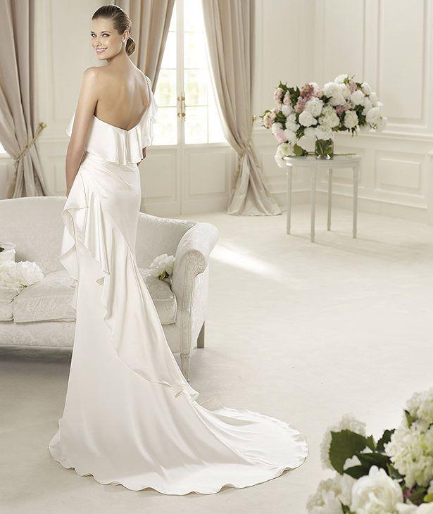 Pronovias vous présente la robe de mariée Datsun. Fashion 2013. | Pronovias