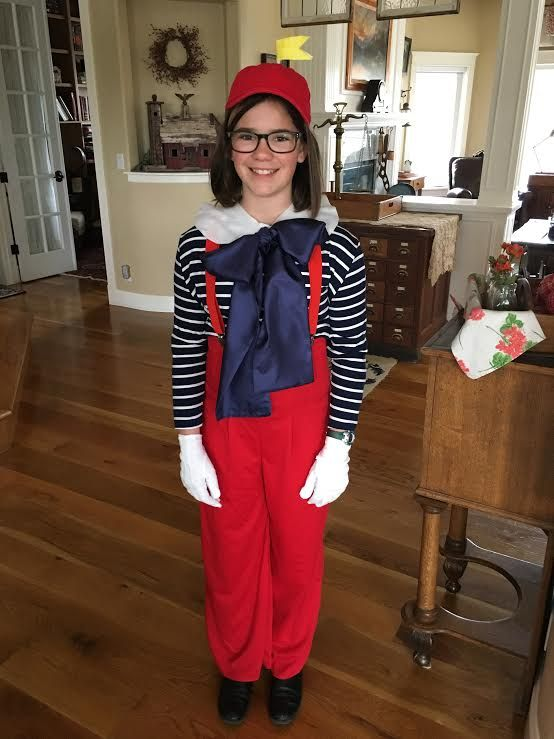 Tweedle Dee costume
