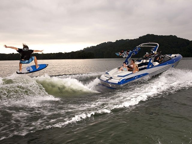 2014 Malibu Wakesetter 23 LSV Medford OR for Sale 97502 - iboats.com