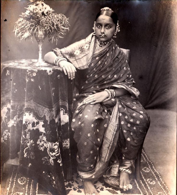 Paithani Saree: Indian Golden Weave since 200 B.C.http://thepaithani.blogspot.in/