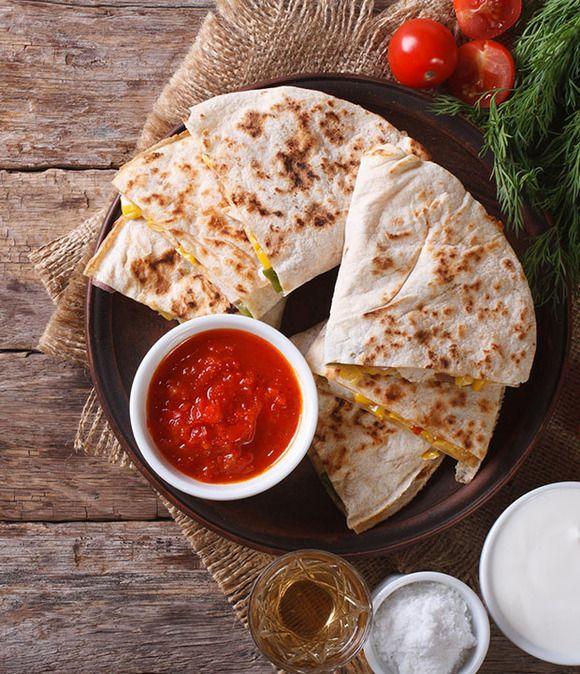 Receta de quesadillas de pollo, queso y guacamole