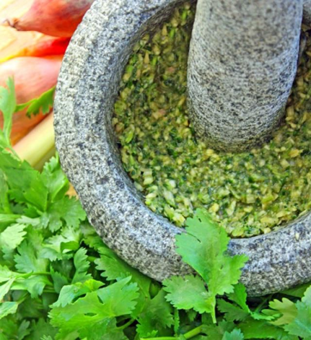 about Thai Green Curry Paste on Pinterest | Curry Paste, Green Curry ...