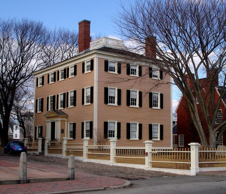 how to go to salem from boston