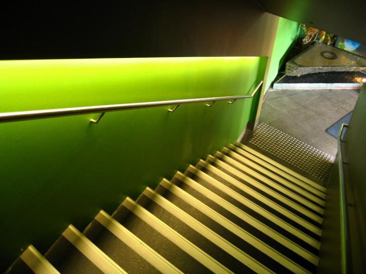 Lighting Basement Washroom Stairs: Best 25+ Led Stair Lights Ideas On Pinterest