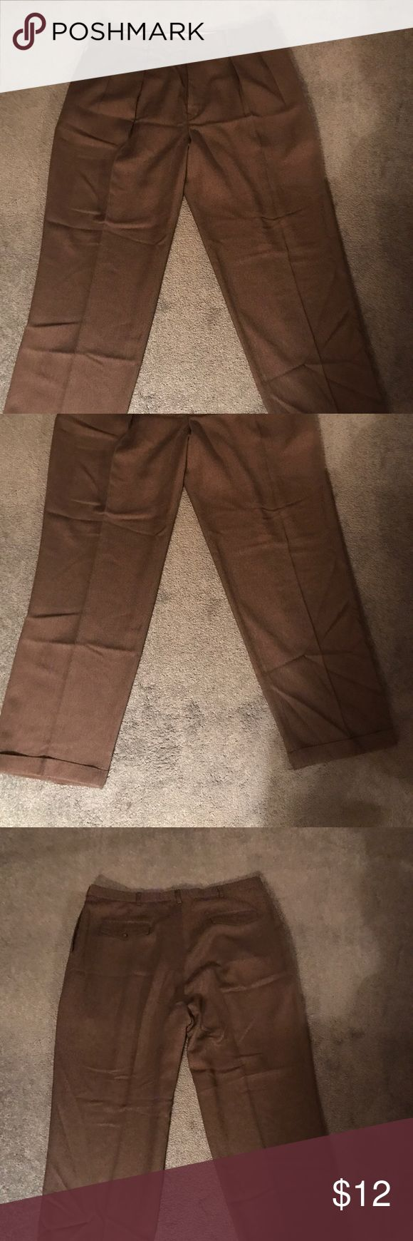 Men's Brown Slate Cuffed Pants Slates Cuffed Brown Mens Pants size 40x32, they are in excellent condition. Please feel free to ask any questions. Slates Pants Dress