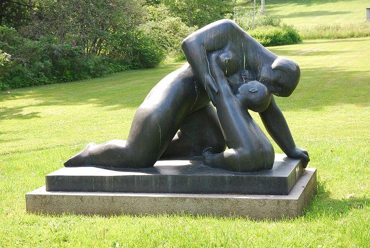 Asmundur Sveinsson´s Moder jord (Mother Earth), 1936, bronze, Rottneros Park in Sweden